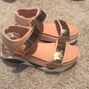 🔥BLING BLING🔥 Rose gold sandals